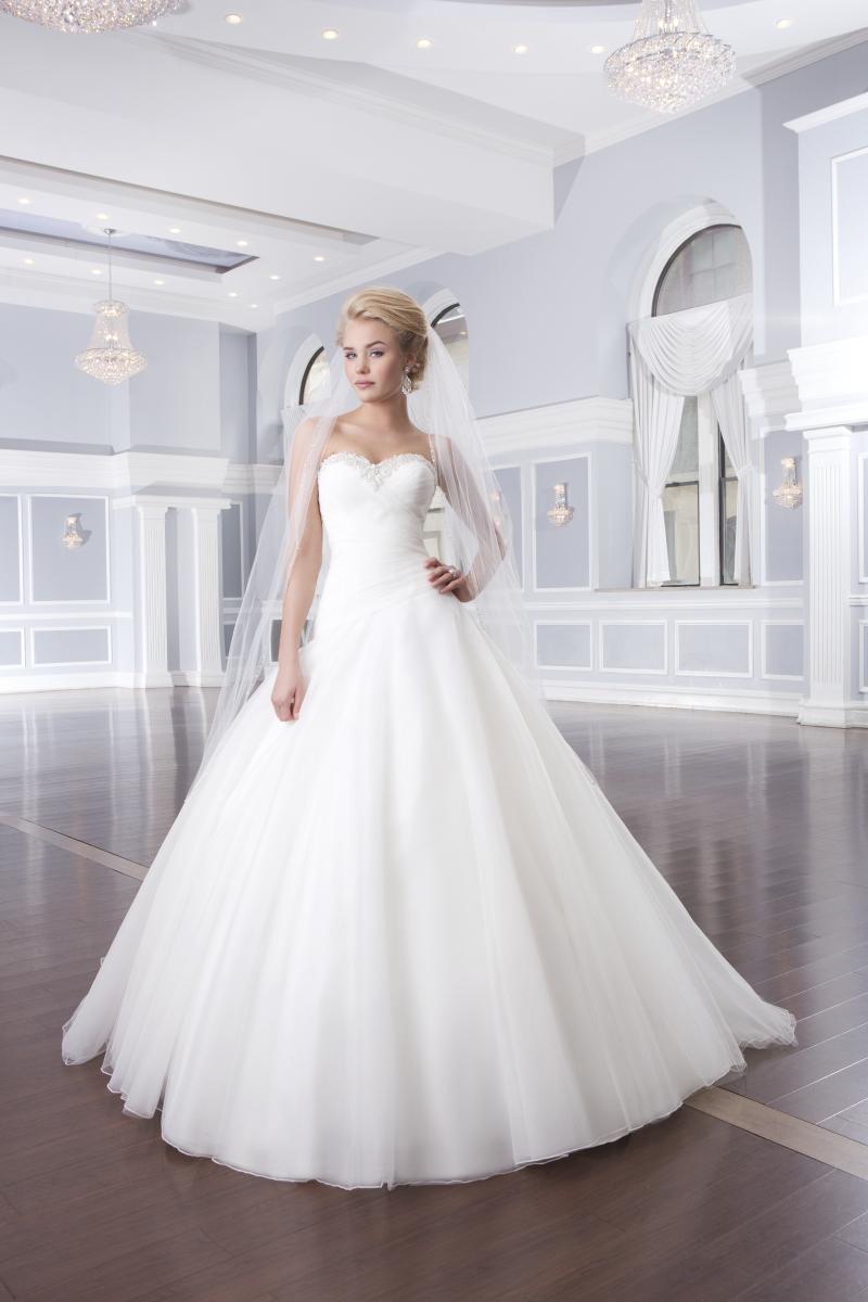 Lillian West Style 6317 Bridal Boutique San Angelo Tx