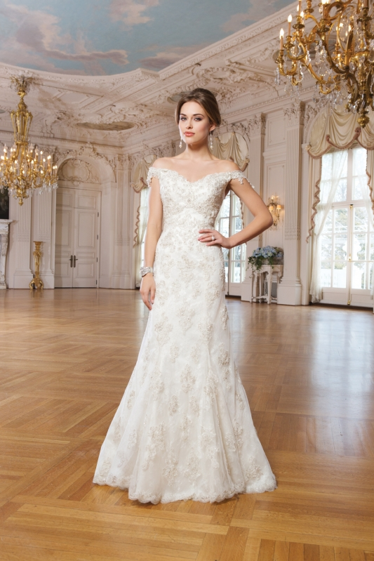 San Angelo Wedding Dress, Lillian West 6245
